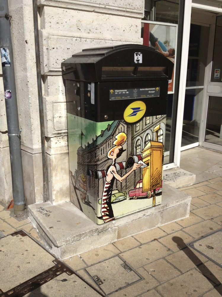 Angouleme Mailbox