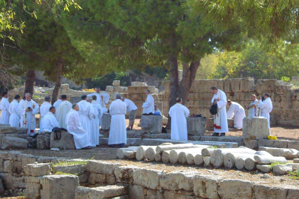 Ceremonial priests