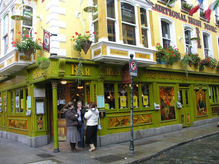 Oliver St. John Gogarty home of traditional Irish food and music