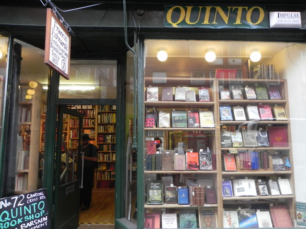 Quinto second hand bookstore
