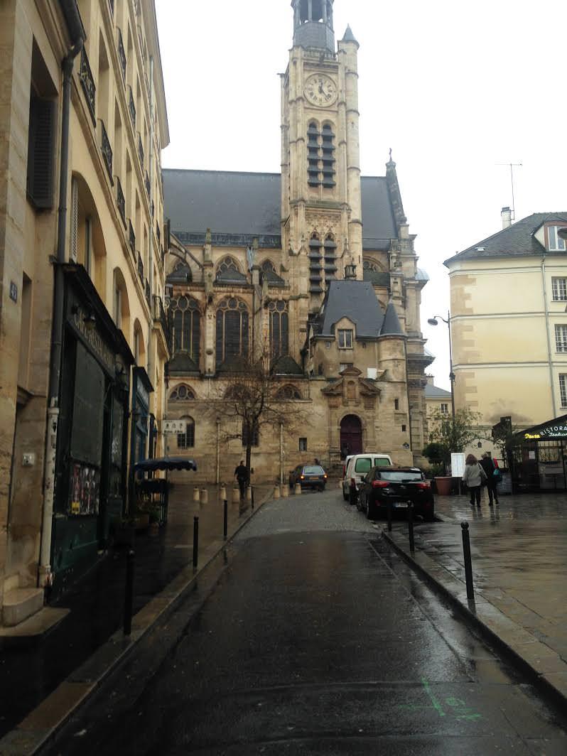 Rue De la Montaigne St Genevieve
