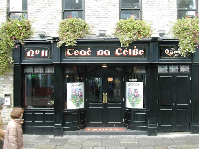 Teac Na Ceibe Pub right next door to The Quays Restaurant & Bar