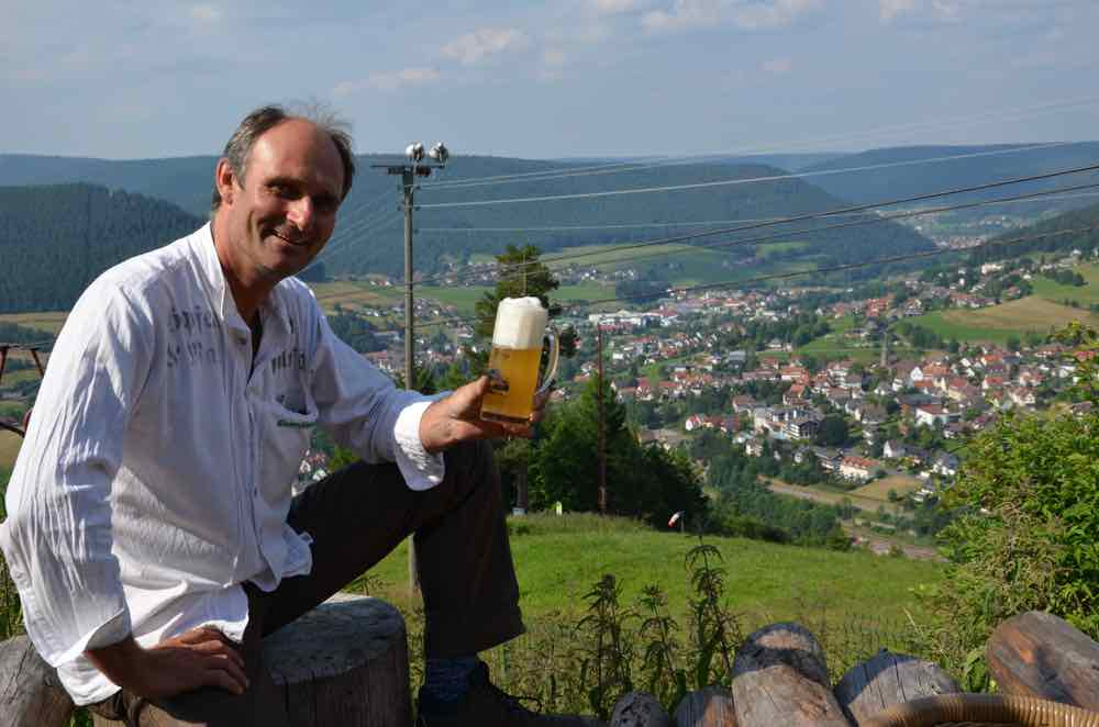 Klaus-Peter shows us his office overlooking bairesbronn
