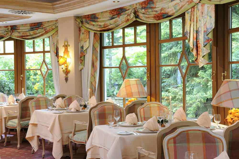 The Bareiss Hotel Restaurant Wintergarten