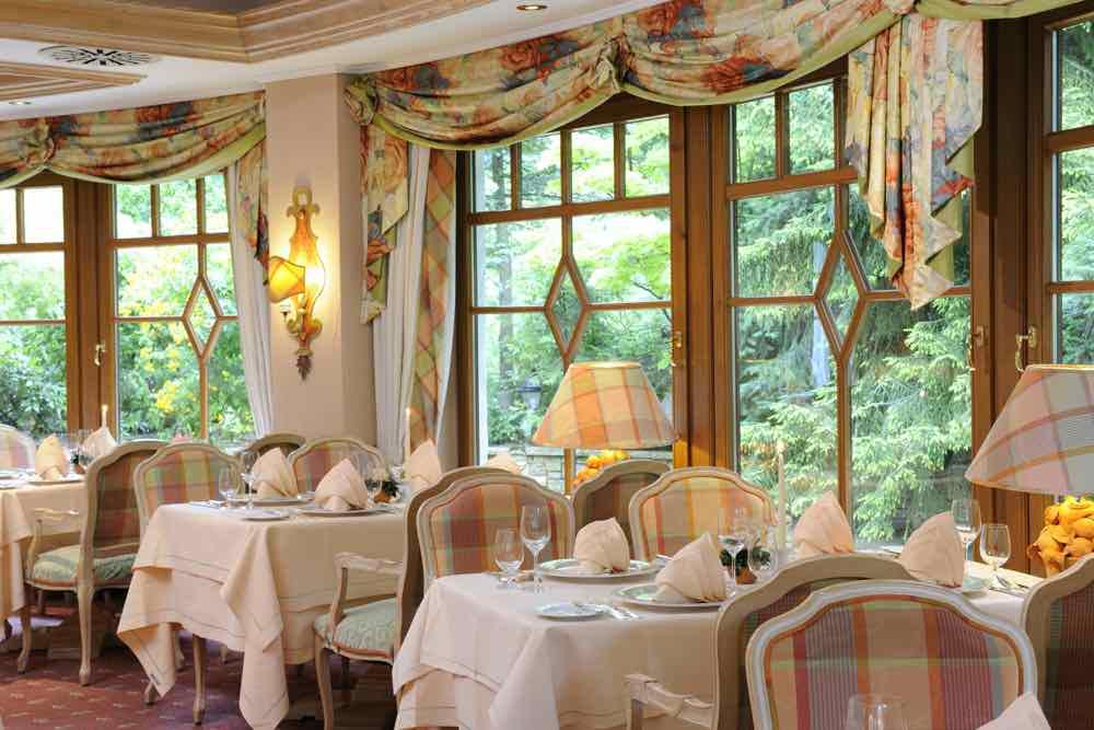 The Bareiss Hotel Restaurant Wintergarten