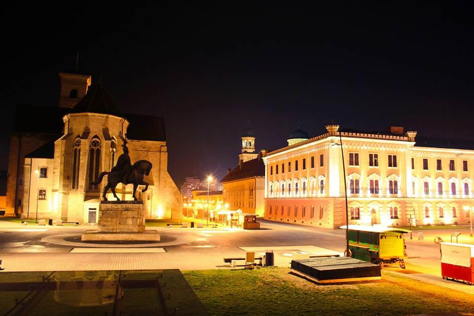 Alba Iulia square with statue honoring Mihai Viteazul