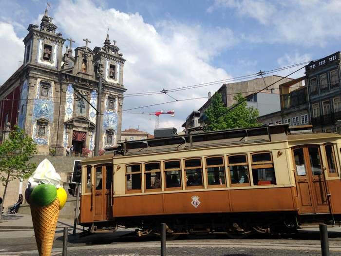 # 22 tram in Porto
