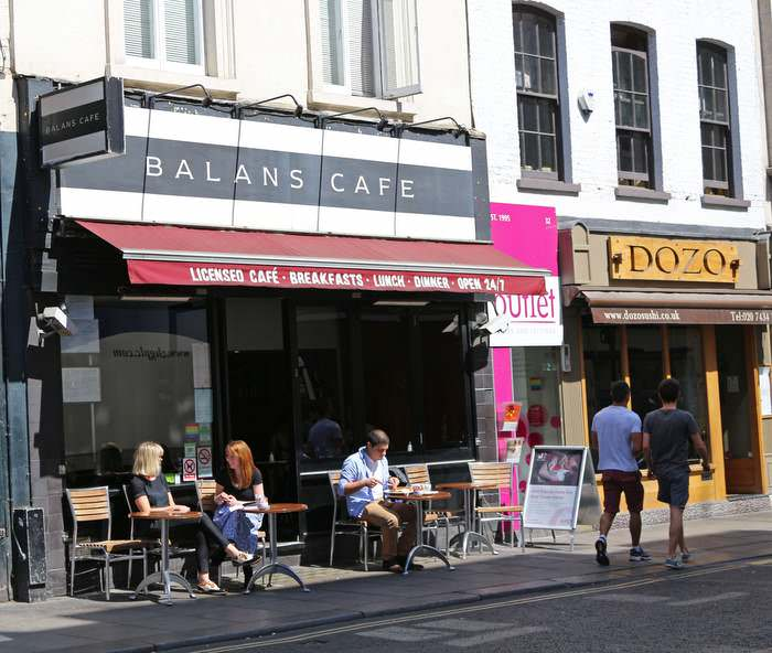 Balans Cafe, one of the best late-night restaurants in London