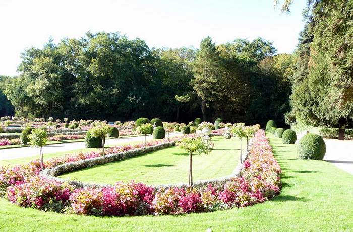 Chenonceau showcases French Style gardens
