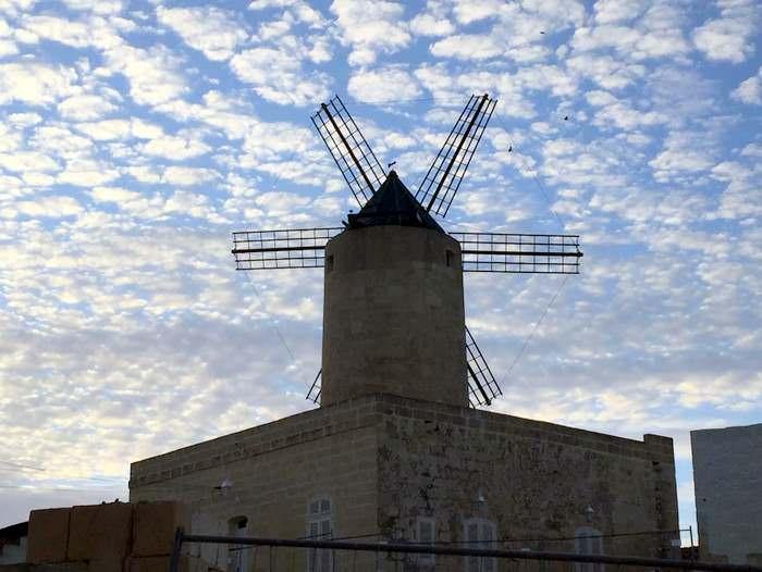 An iconic windmill of Malta