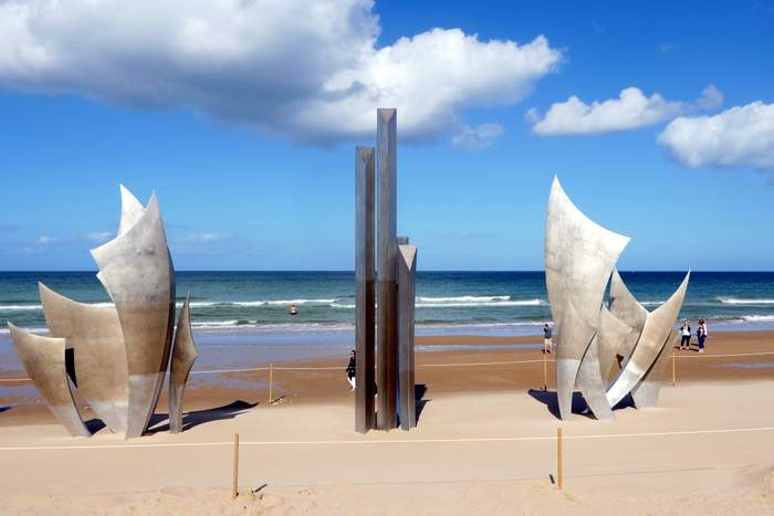 Les Braves at Omaha Beach in Normandy